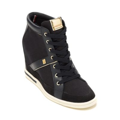 d23c9b8b0 tommy hilfiger paulie tan canvas sneakers