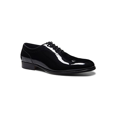 Tommy Hilfiger Tailored Collection Dress Shoes - Black - 43 Tommy Hilfiger Men's Shoe. Impeccably Crafted From Polished Leather With Elegant Perforated Detail, Our Dress Shoe Makes An Essential Companion To This Season's New Suits. Comfort Is Assured Thanks To A Generously Padded Footbed. Part Of Our Tailored Collection.Dress Shoe Silhouette In Leather.Cushioned Insole, Textured Outsole..5'' Heel.Imported.