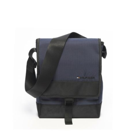 Image for SOLID CAMERA BAG from Tommy Hilfiger USA