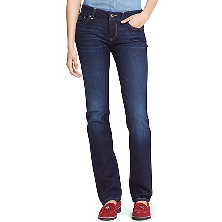Tommy Hilfiger Curve Straight Jeans - York Outlet Exclusive Product98% Cotton, 2% Elastane8'' Front Rise, 12'' Leg OpeningSits Below The Waist, Curved Through Hips And Thigh, Straight LegMachine WashableImpotred