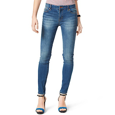 Tommy Hilfiger Medium Wash Curve Skinny Jeans - Azure Outlet Exclusive Product78% Cotton, 21% Synthetic, 1% Elastane9.5'' Front Rise, 15.25 Black Rise, 11.75'' Leg OpeningMachine WashableImported