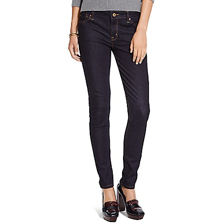 Tommy Hilfiger Rinse Wash Skinny Jeans - Rinse Outlet Exclusive Product78% Cotton, 21% Synthetic, 1% Elastane9'' Front Rise, 14.5'' Back Rise, 11.5'' Leg OpeningMachine WashableImported