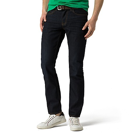 Tommy Hilfiger Straight Fit Deep Blue Jeans - Clean Blue-Eur Tommy Hilfiger Men's Jean. Our Classic Deep Blue Jean, In A Straight-Leg Fit That Remains Compeletly Trend-Resistant• Straight Fit. Sits Below Waist, Slimmer Through Leg, Straight Leg Opening.• 100% Cotton.• 5-Pocket Styling.• Machine Washable.• Imported.