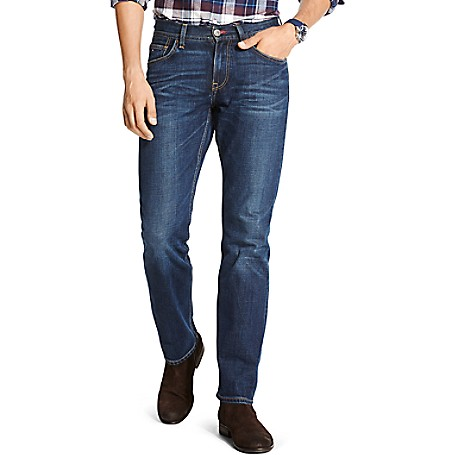 Tommy Hilfiger Classic Fit Jeans - Steve Mid Blue Wash Tommy Hilfiger Men's Jean. This Classic Jean Is Cut Comfortably Through The Leg And Straight From Knee To Ankle. Sitting Below The Waist, It's A Traditional Choice For Everyday.• 100% Cotton.• Five-Pocket Styling, Custom Fading, Microflag On Hip.• Machine Washable. • Imported.