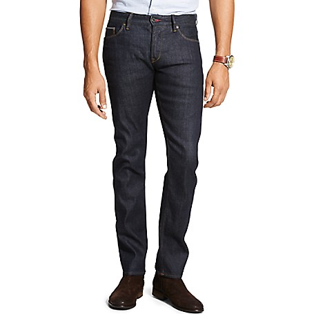 Tommy Hilfiger Denton Clean Rinse Jeans - Clean Rinse Wash Tommy Hilfiger Men's Jean. Our Best-Selling Jean In Raw Denim That Works With Everything. • Straight Fit. Sits Below Waist, Slimmer Through Leg, Straight Leg Opening. • 98% Cotton, 2% Elastane.• 5-Pocket Styling.• Machine Washable.• Imported.