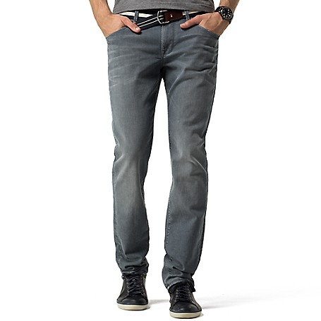 Tommy Hilfiger Denton Grey Jeans - Wakefield Grey Tommy Hilfiger Men's Jean. Our Most Popular Denim Fit, Now In A Versatile Grey Hue To Work With Everything In Your Wardrobe. • Straight Fit, Lower Rise, Straight Leg.• 98% Cotton, 2% Elastane.• Five Pocket Styling.• Machine Washable.• Imported.