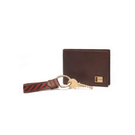 Image for SOLID PASSCASE WITH KEY CHAIN from Tommy Hilfiger USA