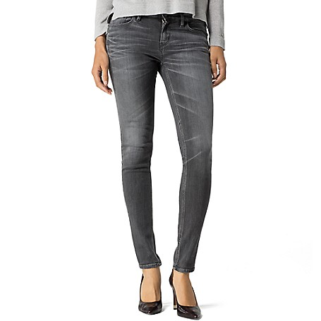 Tommy Hilfiger Vintage Wash Skinny Jeans - Carey Tommy Hilfiger Women's Jean. Our Famous Skinny Jean Distinguished By Light Whiskering, A Low Waist, Cropped Hem And Stretch Cotton Blend For An Exceptional Fit And Feel.• Skinny Fit, Higher Waist, Skinny From Hip To Hem.• 92% Cotton, 6% Synthetic, 2% Elastane.• 5 Pocket Styling.• Hand Wash.• Imported.