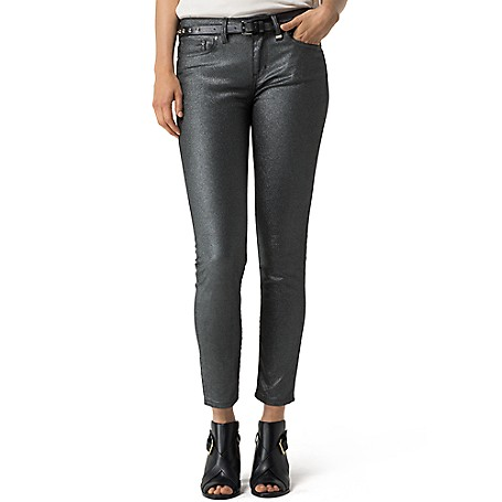 Tommy Hilfiger Shimmer Skinny Jeans - Glam Tommy Hilfiger Women's Jean. Denim With A Subtle Sheen That's Just Right For Night Or Creating A Dimensional Look With Textured Knits. Designed With A Stretch For A Flawless Fit And Feel.• Skinny Fit, Low Waist, Skinny From Hip To Hem.• 98% Cotton, 2% Elastane.• 5-Pocket Styling.• Machine Washable.• Imported.