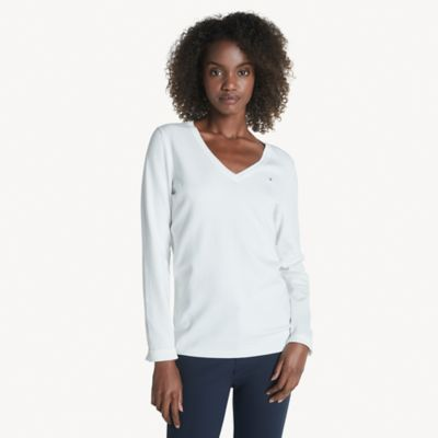 Tommy Hilfiger Women\\\'s Essential V-Neck Sweater, Snow White, XXS- Tommy Hilfiger women\\\'s sweater. Lightweight knit construction and a trim design allows you to transition the seasons with ease. Wear on its own or as a layer, this comfortable combed cotton V-neck sweater is a wardrobe essential.