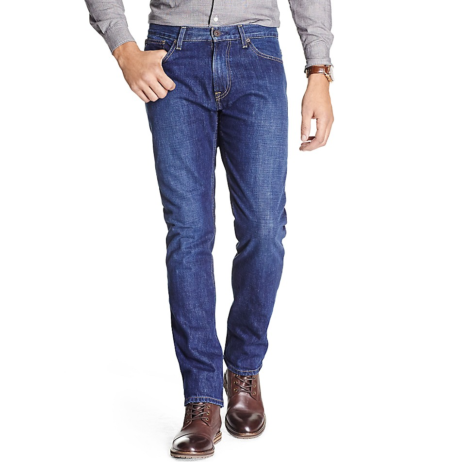 Classic Fit Essential Dark Wash Jean