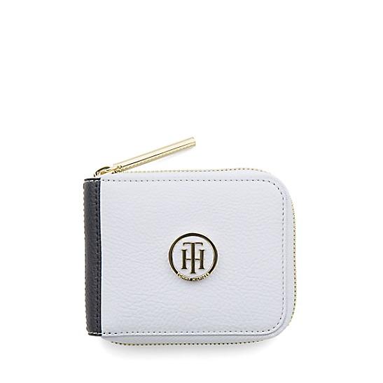 7fb8dfa59d7 Small Wallet   Tommy Hilfiger