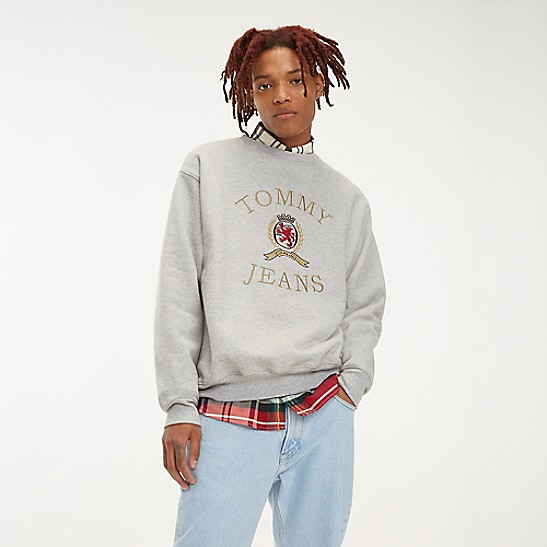TOMMY HILFIGER FALL 2018 TOMMY JEANS CREST CAPSULE
