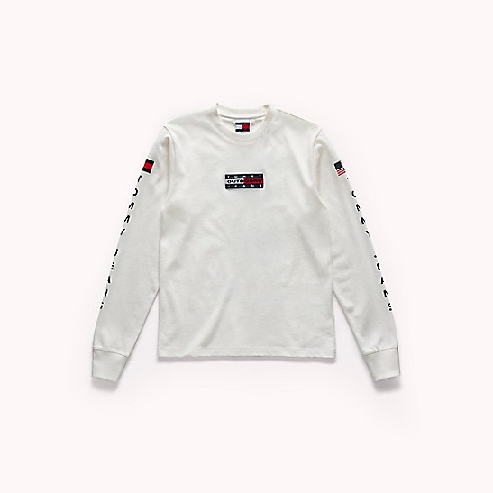 52c5f2f28 Tommy Jeans Outdoors Long-Sleeve T-Shirt | Tommy Hilfiger