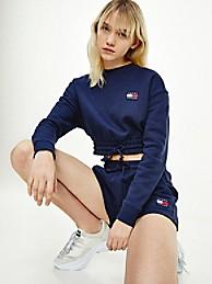 타미 힐피거 우먼 뱃지 로고 크롭 맨투맨, 오가닉 코튼 - 네이비 (화사 착용) Tommy Hilfiger Organic Cotton Cropped Badge Sweatshirt dw09797