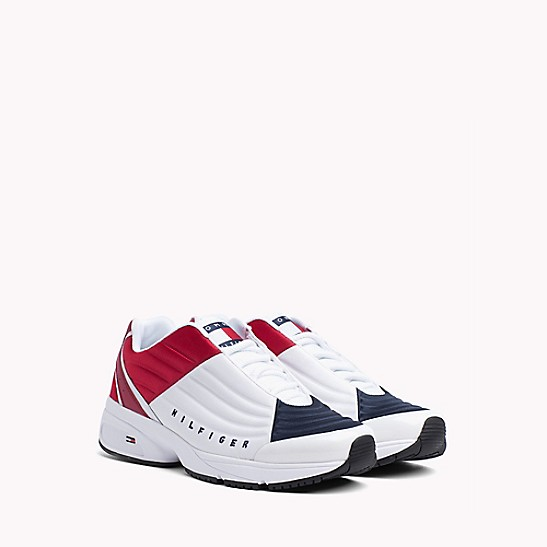 f36777578b66 Crest Capsule Sneaker