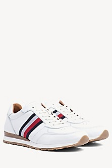 1675814f42 Signature Leather Sneaker