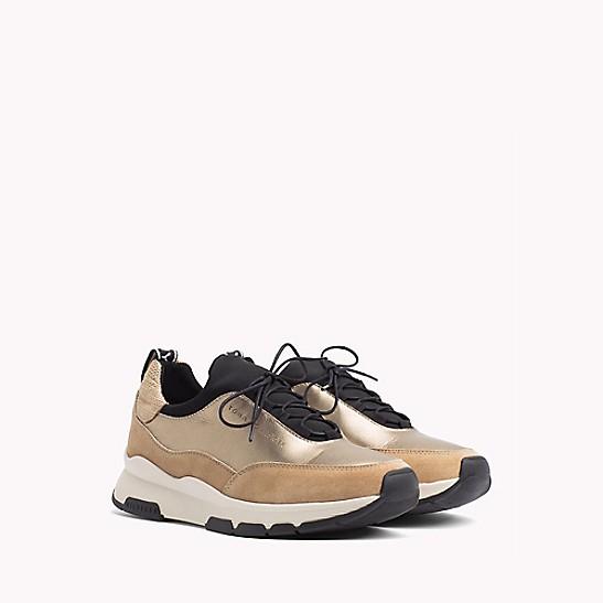 02095886 Debossed Leather Sneaker   Tommy Hilfiger