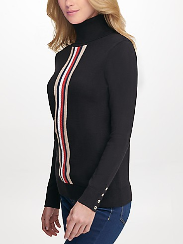 타미 힐피거 우먼 에센셜 시그니처 스트라이프 터틀넥 스웨터 - 블랙 Tommy Hilfiger Essential Signature Stripe Turtleneck J0XSN876