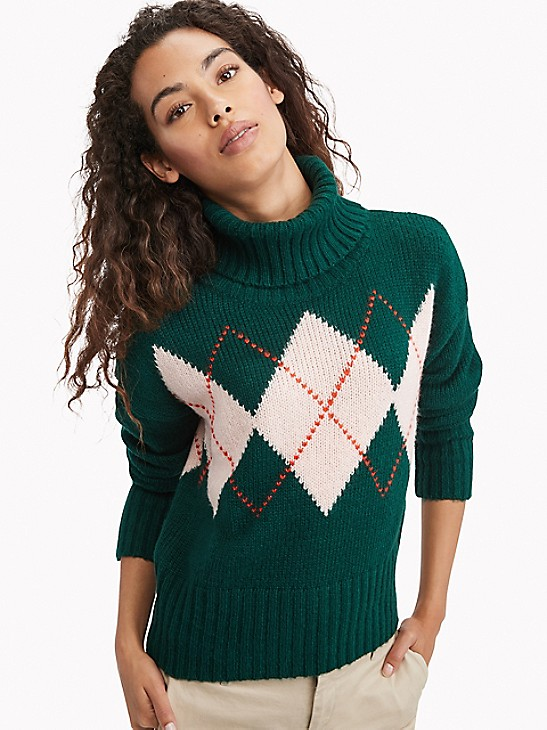 how to wear argyle sweater