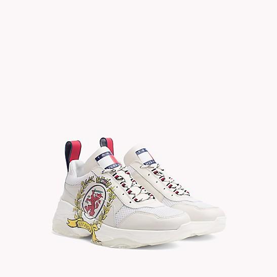 27743d5c3 Crest Sneaker