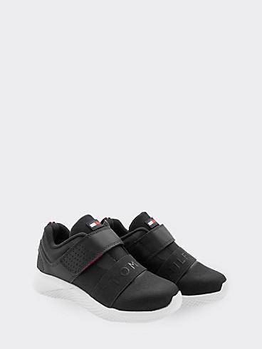 타미 힐피거 키즈 스니커즈 Tommy Hilfiger TH Kids Black Strap Sneaker,BLACK
