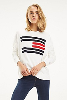 964161c3cd4fd Essential Flag Sweater