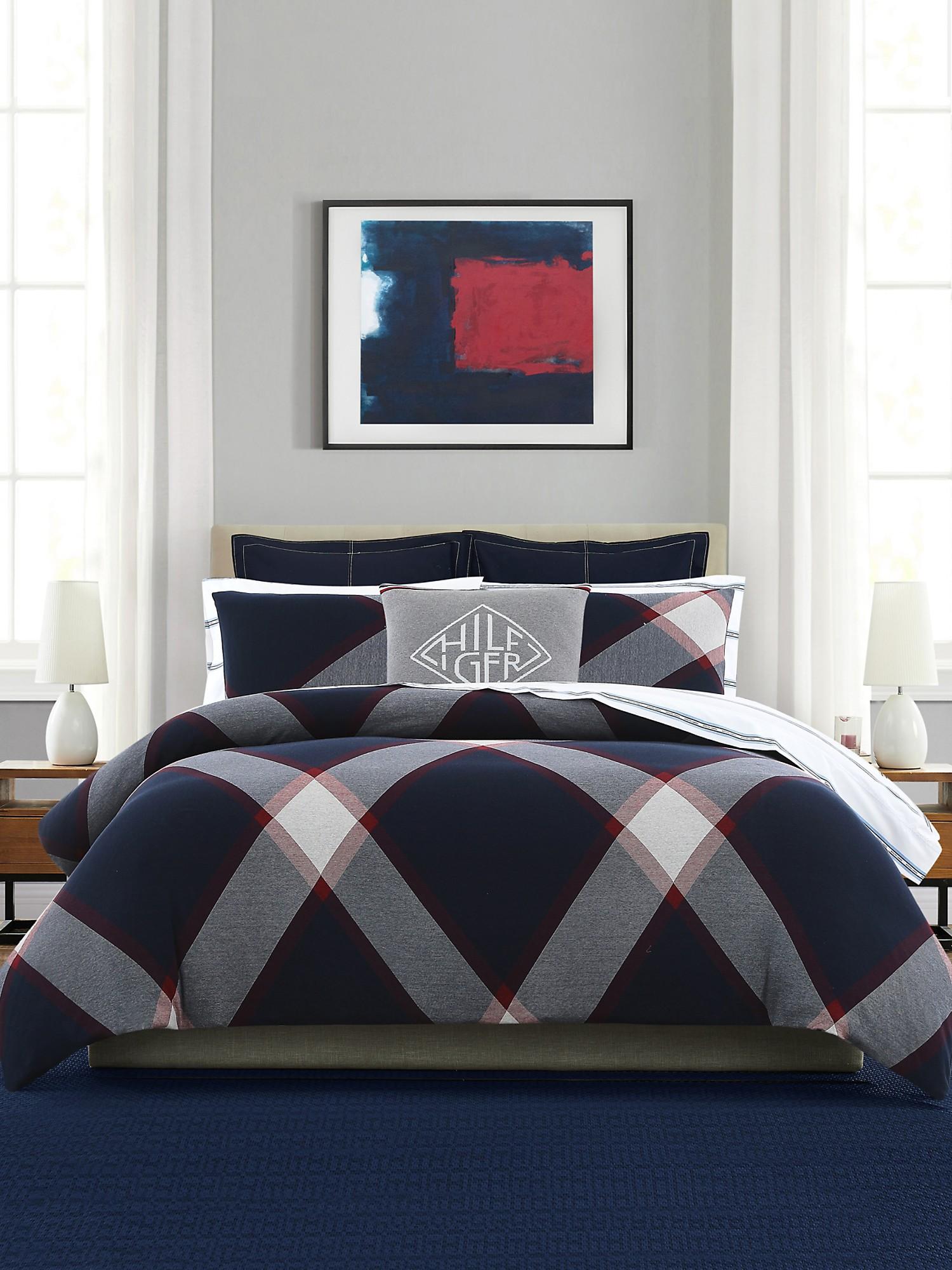 TOMMY HILFIGER Plaid Comforter Set